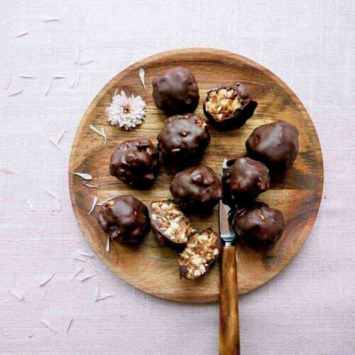 healthy snickers bites chocolate