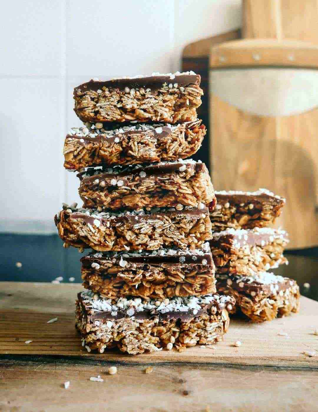 Flapjacks with dark chocolate