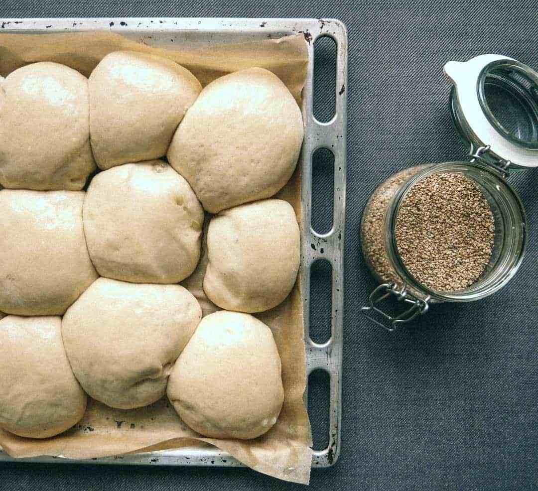 burger buns dough