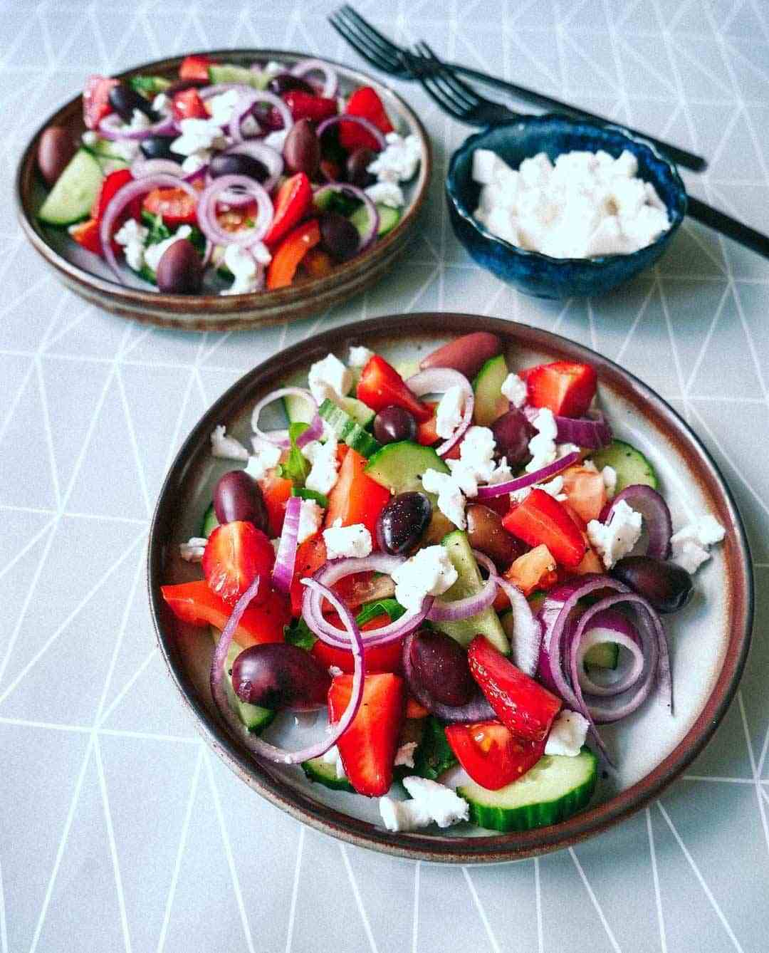 greek salad strawberries