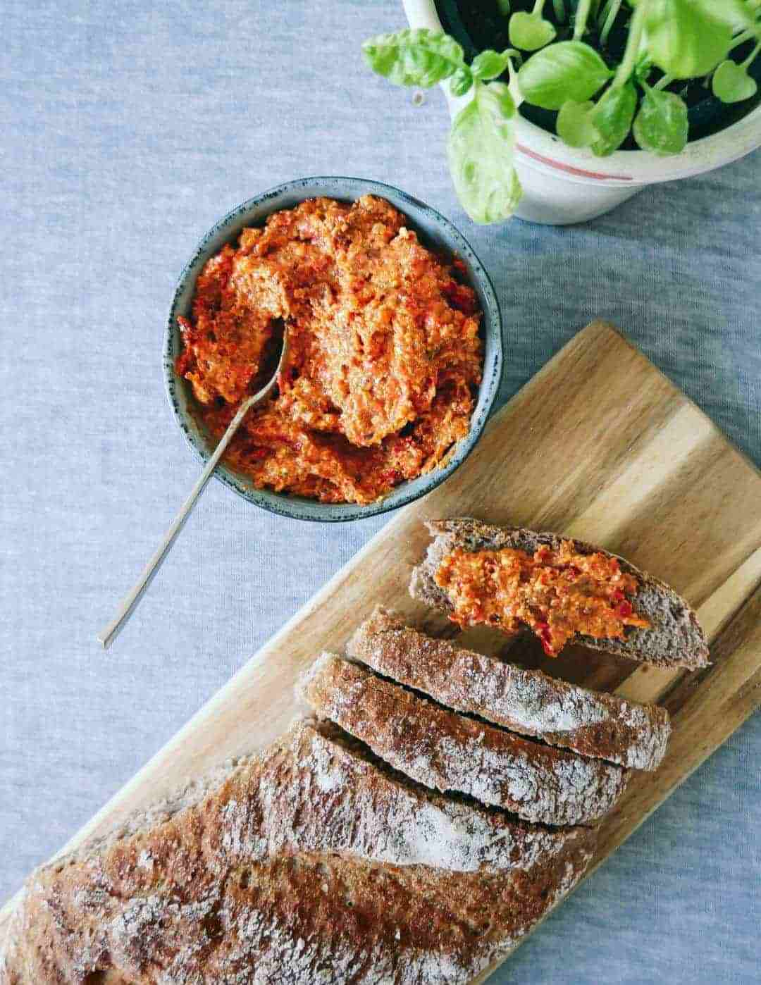 Romesco sauce – spanish pesto