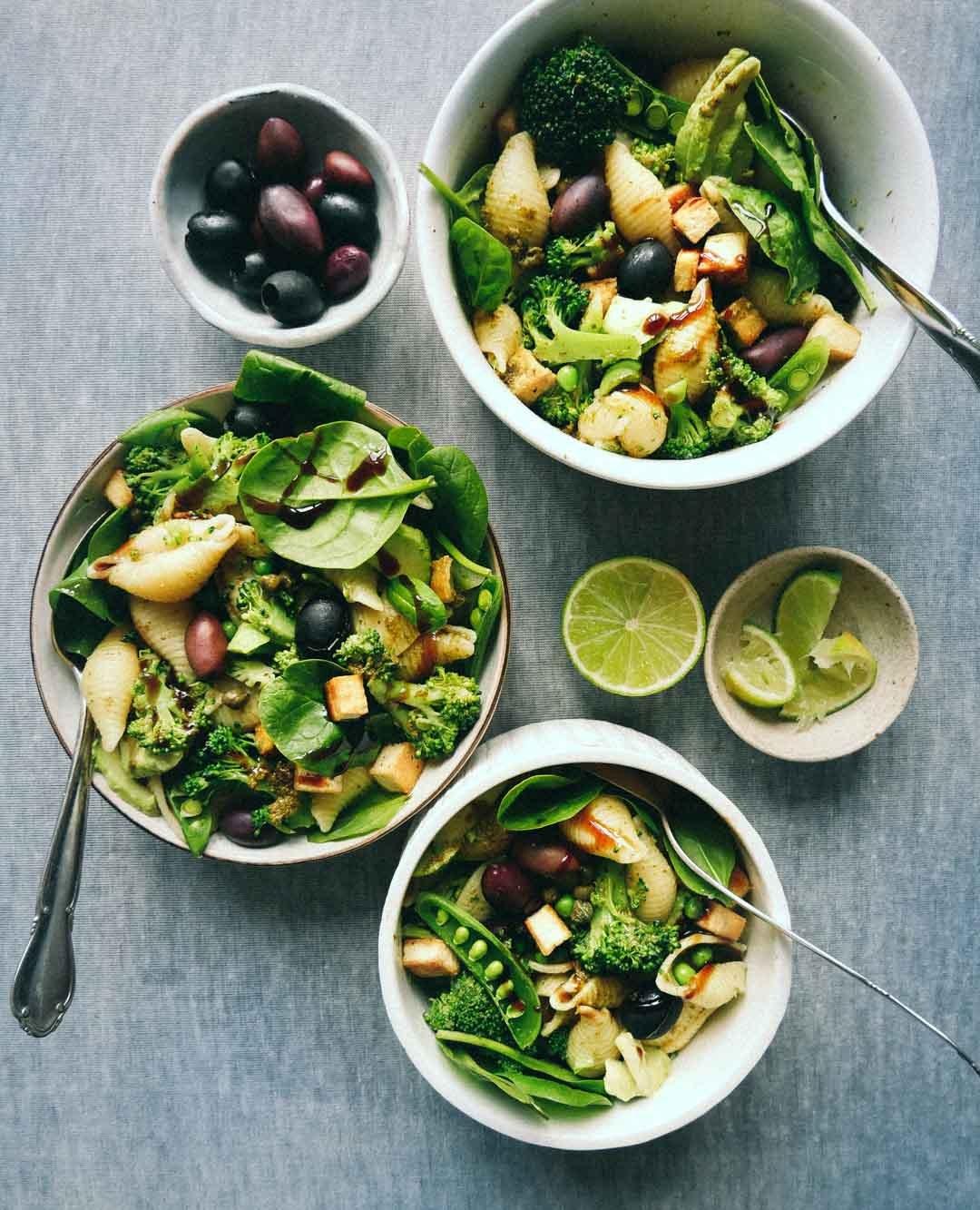 sund grøn pasta salat uden kød