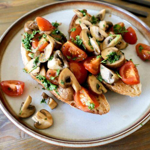 italian Mushroom and Tomato Bruschetta